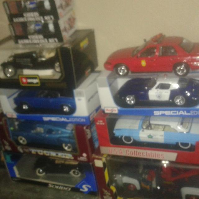 Model Cars For Sale >> Best Diecast Scale 1 18 Model Cars For Sale In Las Vegas Nevada For