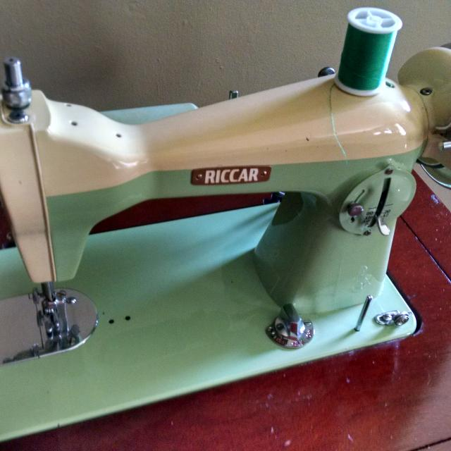 Find More Vintage Riccar Sewing Machine Refurbished Reduced For Classy Refurbished Sewing Machines Sale