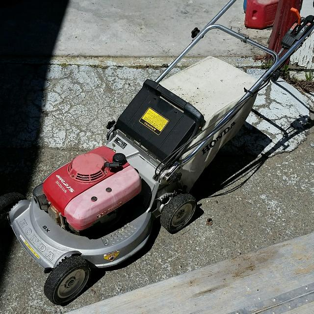 Honda Hr 215 Lawn Mower Price Reduced To 70