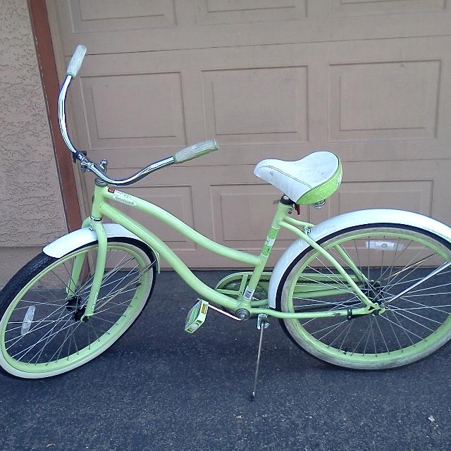 Huffy Cranbrook 26 Vintage Beach Cruiser Lime Color