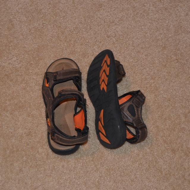 f7b2da77eb2b Find more Kohls Sandals for sale at up to 90% off