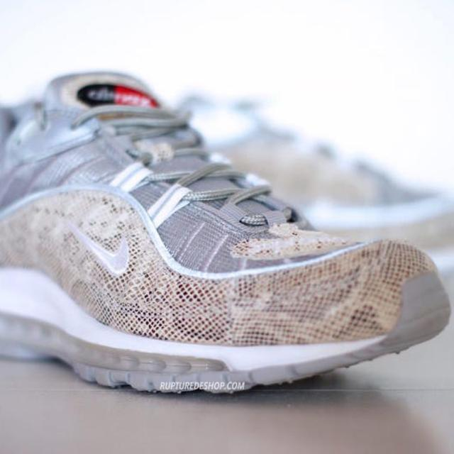 timeless design 00234 a6910 SUPREME NIKE AIR MAX 98 SNAKESKIN + AIR MAX SNAKE SKIN HAT 100% AUTHENTIC