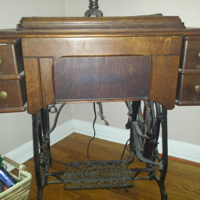 Best vintage new williams antique sewing machine in wood and cast vintage new williams antique sewing machine in wood and cast iron case sciox Gallery