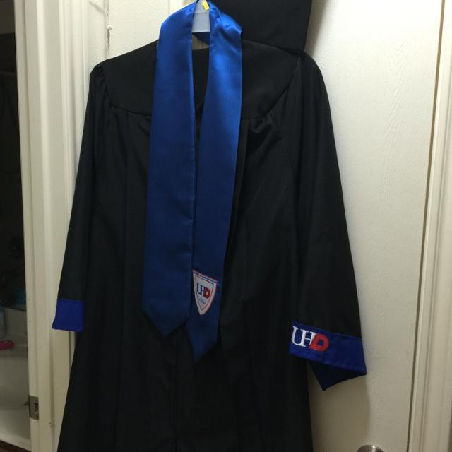 Best Uhd Cap & Gown Set -black for sale