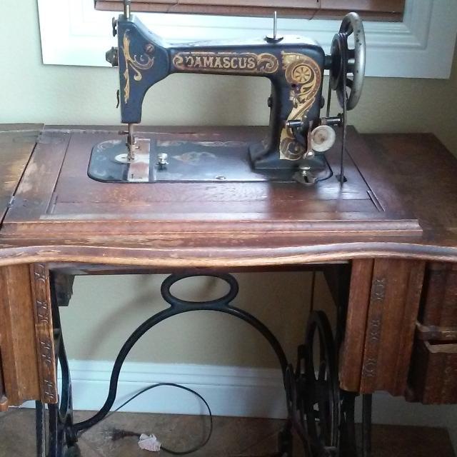 Best 40 Damascus Sewing Machine For Sale In Hemet California For 40 Magnificent Damascus Sewing Machine