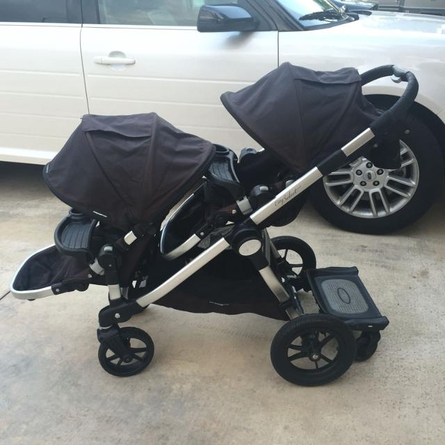 City Select Double Stroller With Glider Board Parent Console And Both Snack Trays