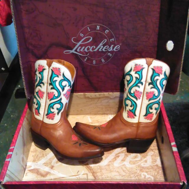 2092ced2cdd Lucchese boots
