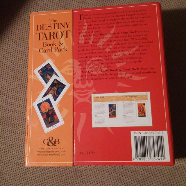 Destiny Tarot Book and card Pack  Includes full deck of tarot cards   Retails $28