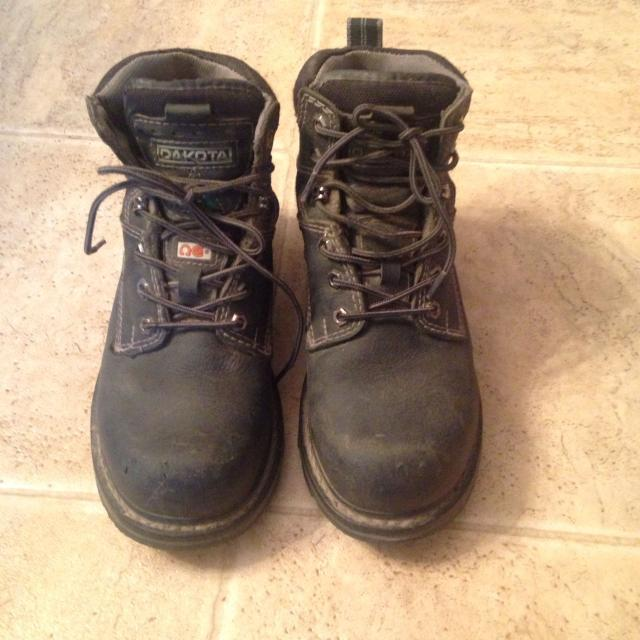 d062ae1b5ef CSA approved women's steel toe boots size 8 EUC