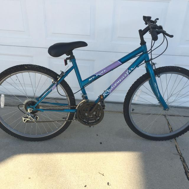 Roadmaster Mt Fury 15 Speed Mountain Bike
