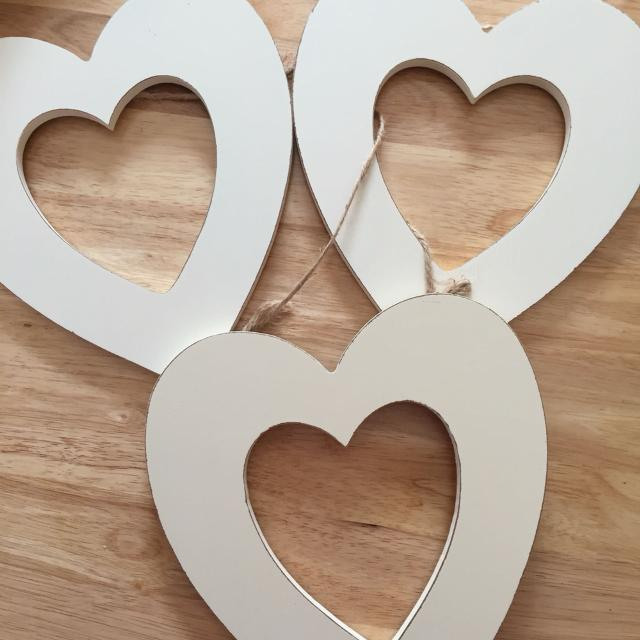 Large Wooden Hanging Hearts 2 Each Advertised Elsewhere Or All 3 For 550