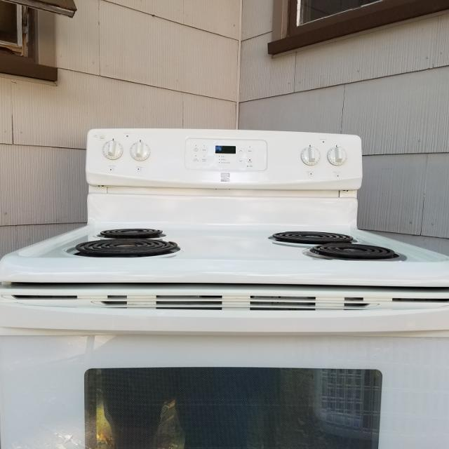Best Sears Kenmore Self Cleaning Electric Range Excellent Condition Clean Inside And Out For In Davenport Iowa 2019