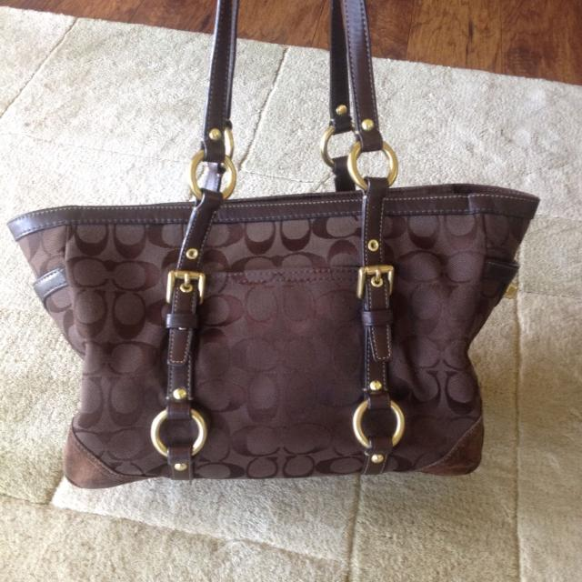 87f0c3132e6d6 Find more Coach Purse Dark Brown And Gold Buckles for sale at up to ...