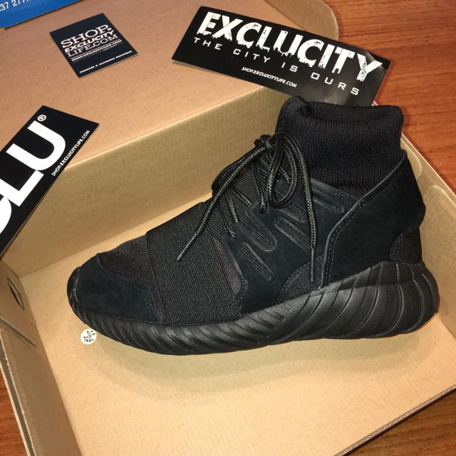 d5bbad2d6d61 Best Adidas Tubular Doom Triple Black 4 Men 5.5 Women for sale in  Dollard-Des Ormeaux