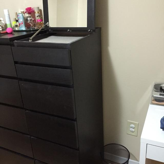 Ikea Malm 6 Drawer Dresser With Mirror