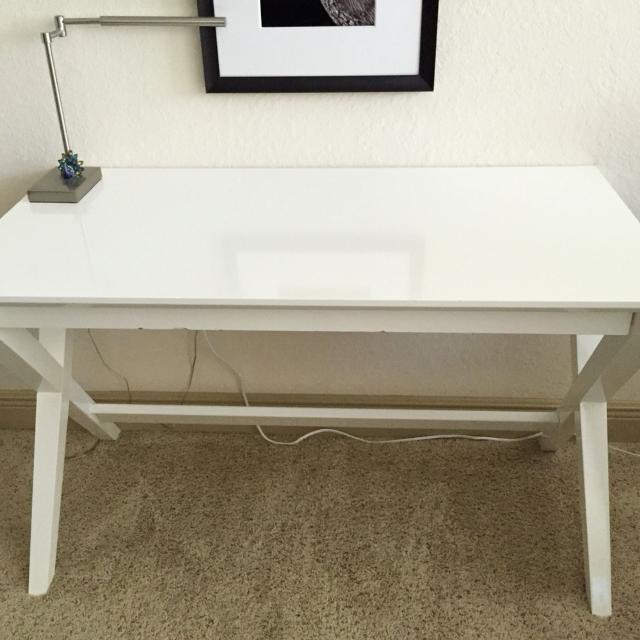 Reduced Price Crate Barrel White Spotlight 48 Desk