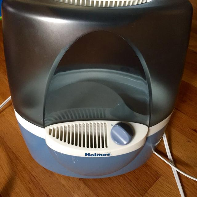 Find More Reduced Holmes Cool Mist Humidifier Hm1200 With 1 Unused