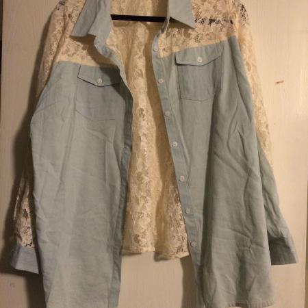 5a07ec2cc2416 Light denim button up top with lace back. Size 1X. PU 3 Road and