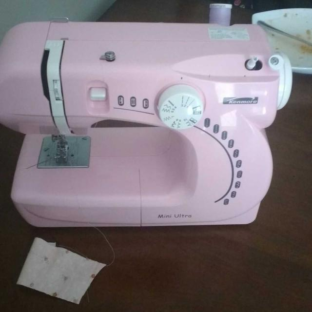 Best Kenmore Mini Ultra Sewing Machine For Sale In Sarnia Ontario Gorgeous Kenmore Ultra Mini Sewing Machine
