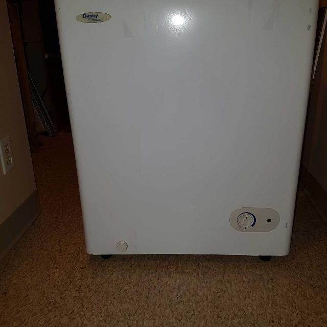 Find more Apartment Size Freezer. for sale at up to 90% off ...