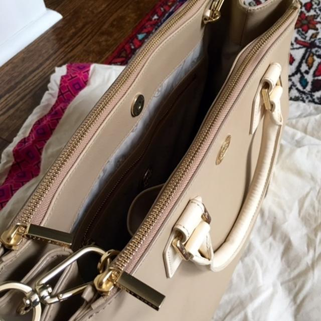 ffeaa03b227 Best Tory Burch Robinson Double Zip Tote for sale in Brockton Village,  Ontario for 2019