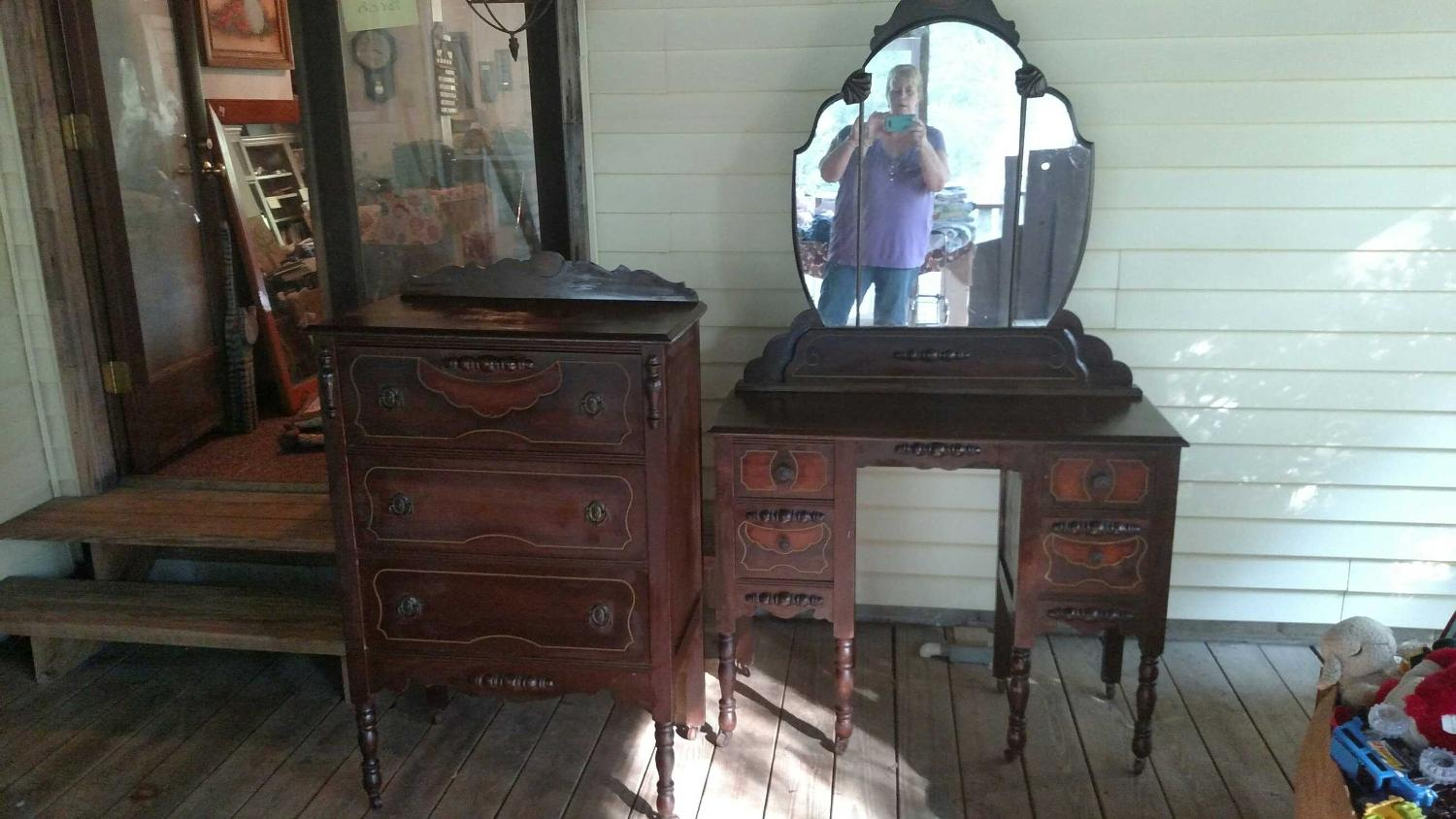 find more late 1800s or early 1900s antique full bedroom set for sale at up to 90 off. Black Bedroom Furniture Sets. Home Design Ideas