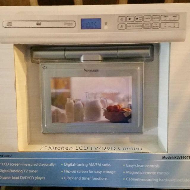best venturer klv39073e 7 undercabinet kitchen lcd tv dvd combo