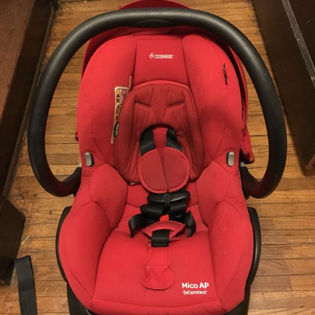 Maxi Cosi Mico AP Infant Car Seat In Red Expires 2019