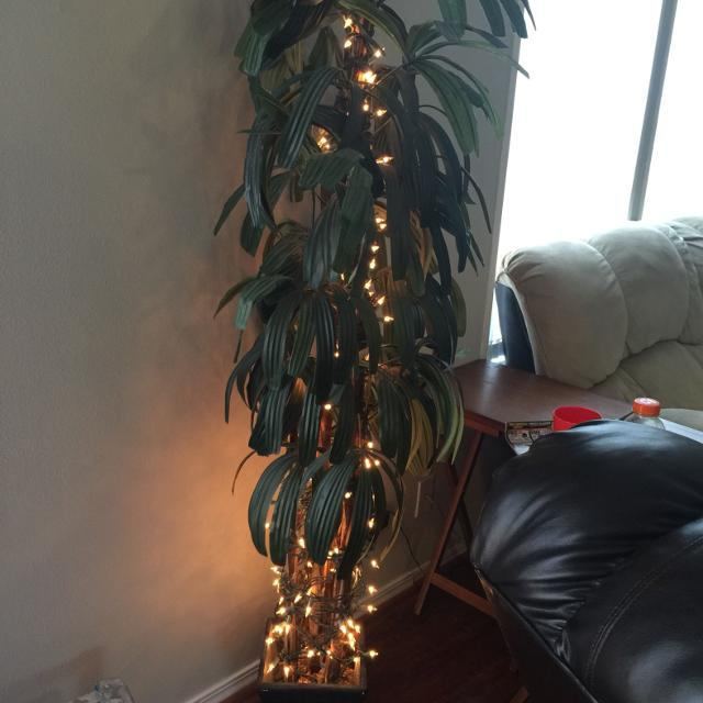 guc indoor fake planttree with white christmas lights 5