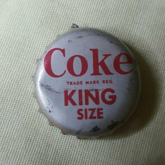 Vintage 1940s COKE King Size cork lined bottle cap