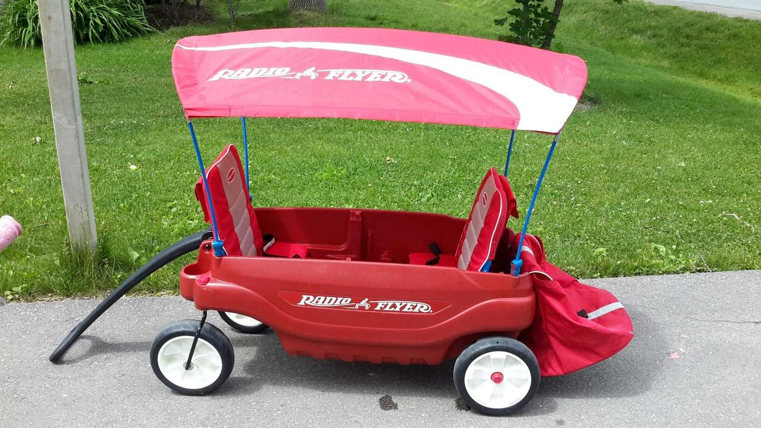 Radio Flyer Double Red Wagon With Removable Canopy