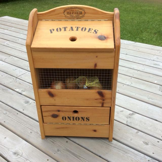 Wooden Potato Onion Storage Bin