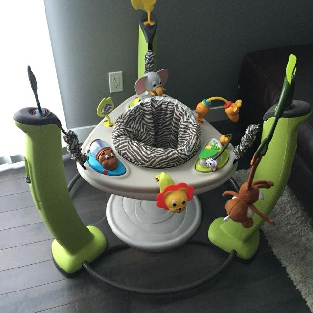 Evenflo ExerSaucer Jump and Learn the very first step to ...