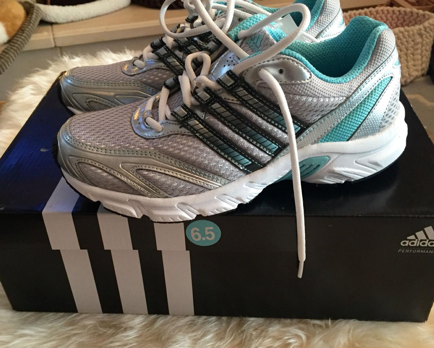 necesario Nacarado Volcán  Find more Adidas Furano 2 Running Shoes Size 6.5 for sale at up to 90% off