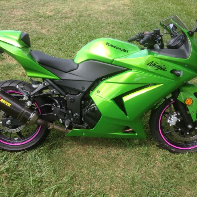 Best 2012 Kawasaki Ninja 250 The Pink On The Tires Can Be Taken Off