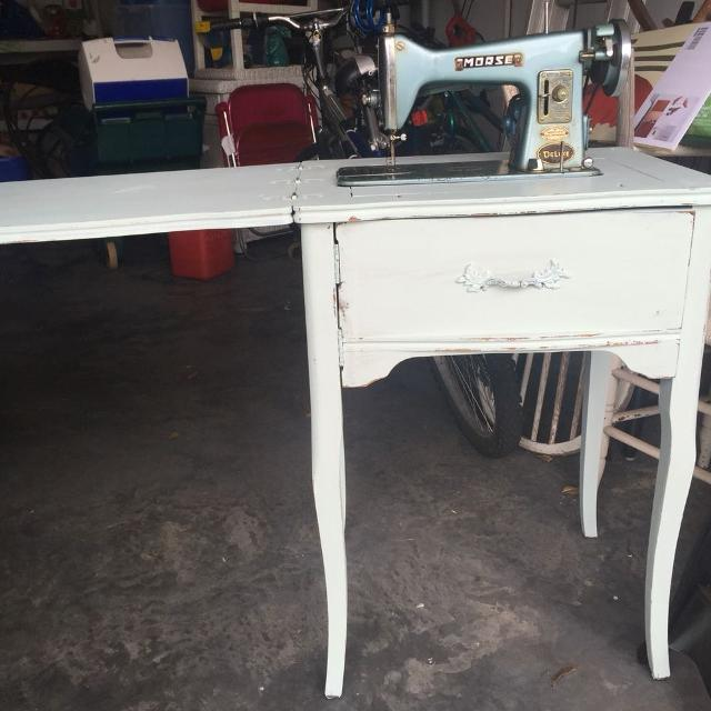 Morse 300 Deluxe Vintage Sewing Machine Side Table