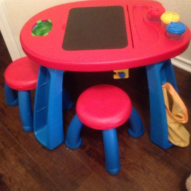 Best Crayola Creativity Play Station Desk & Chair Set for sale in ...
