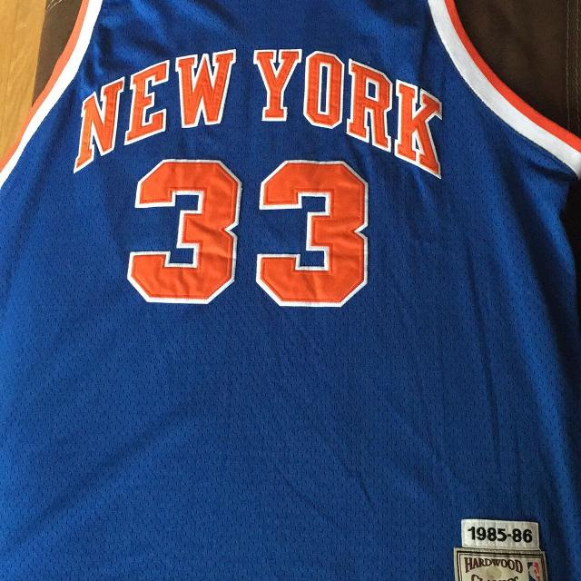 hot sale online a1a72 b90a9 MITCHELL & NESS HARDWOOD CLASSIC 1985-86 PATRICK EWING NEW YORK KNICKS  JERSEY 54