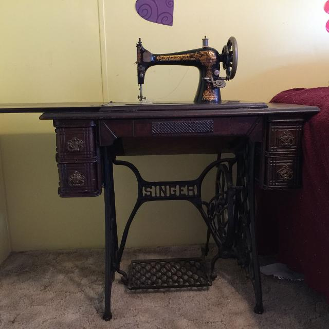 Find More Singer 40 Antique Sewing Machine And Cabinet Petal Extraordinary 1902 Singer Treadle Sewing Machine