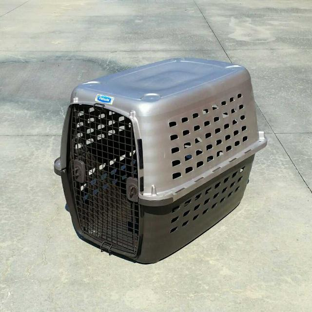 41c65a85efb6 Find more Petmate Navigator Plastic Kennel For Large Dogs for sale ...