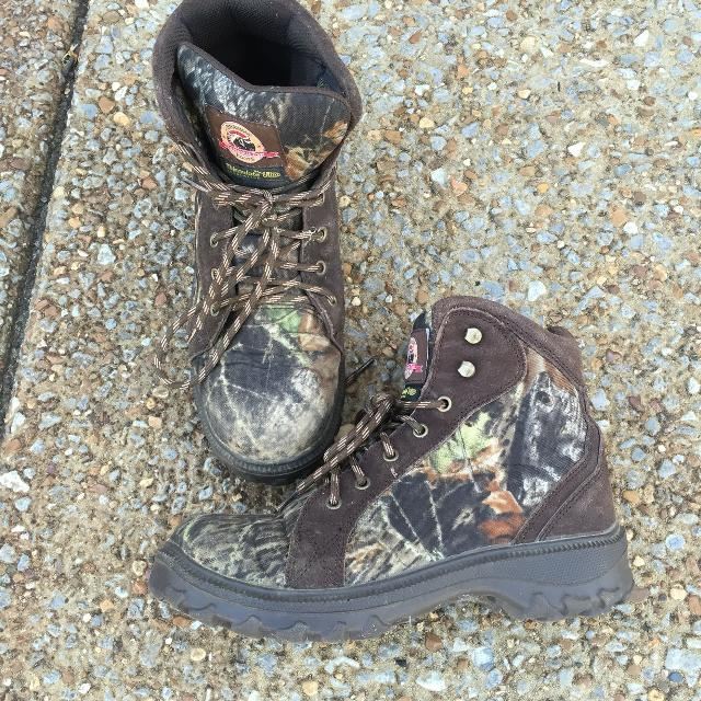 sports shoes 4708d ced80 BRAHMA brand, Men's size 8, 400 gram Thinsulate insulated camp all weather  boots. Reinforced toe. Water resistant.
