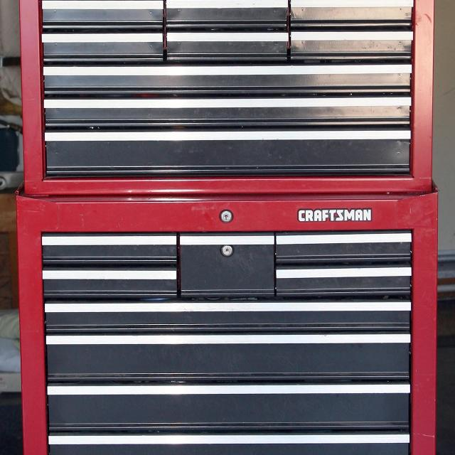 Craftsman 24 Drawer Tool Box