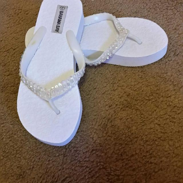 73e6bc53873095 Find more Bahama Bay Flip Flops for sale at up to 90% off