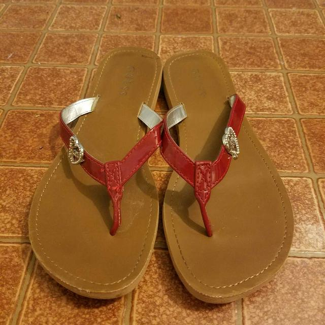 ec10e4924a7f Find more Red Heart Guess Flip Flops for sale at up to 90% off