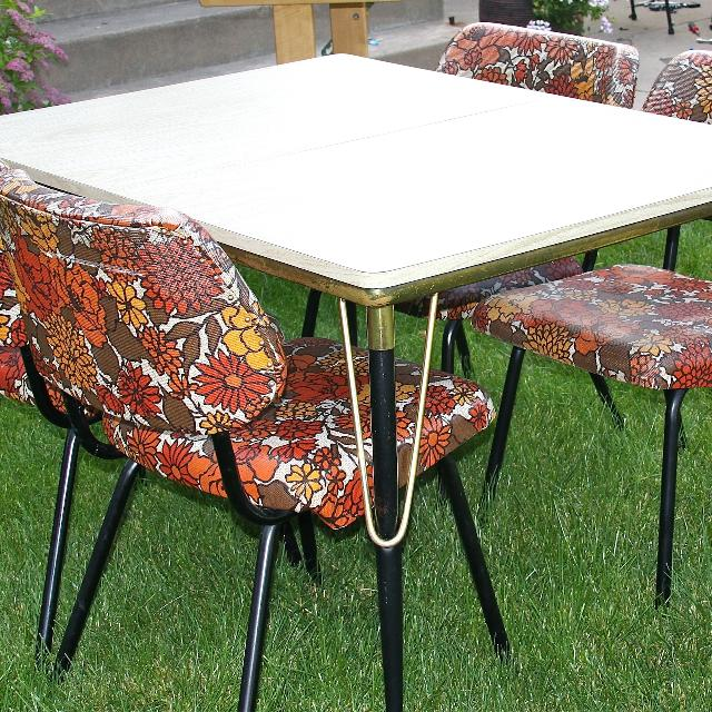 Best Awesome Vintage Kitchen Table 4 Chairs Set 1950s 50s Retro Antique Reduced For Sale In Sioux Falls South Dakota For 2021