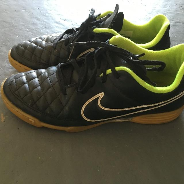 5e3aba3dd45ffe Best Nike Tiempo Indoor Soccer Shoes for sale in Port Huron ...