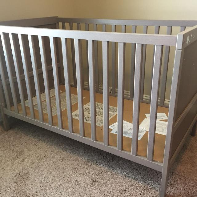 find more sundvik ikea crib good condition only crib. Black Bedroom Furniture Sets. Home Design Ideas