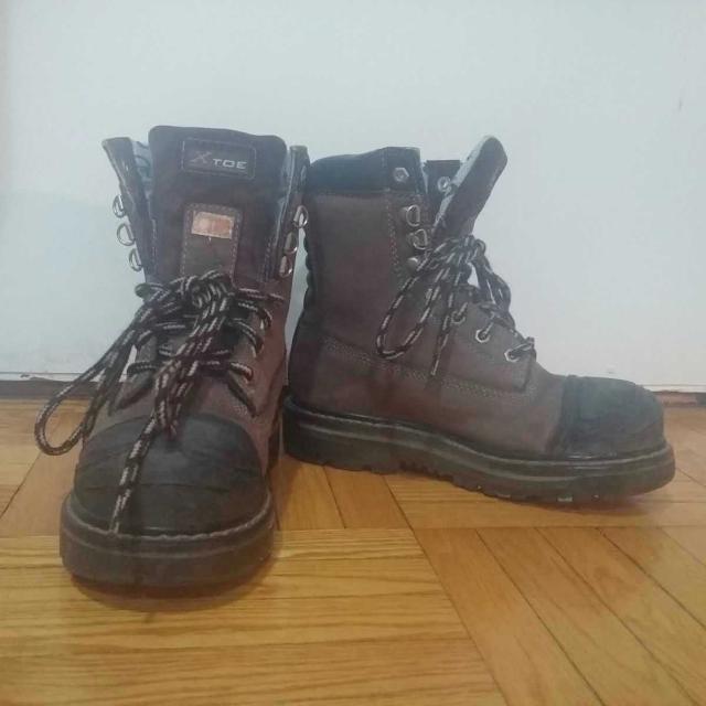 6e2768490ed Women's Dakota Steel Toe Boots Size 8
