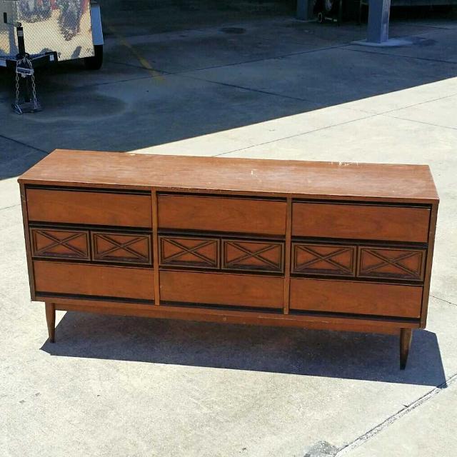 Vintage Mid Century Bassett Furniture 6 Drawer Dresser