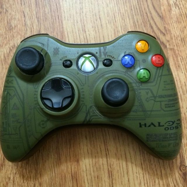 Halo 5 guardians xbox one controllers unboxing! (the master.